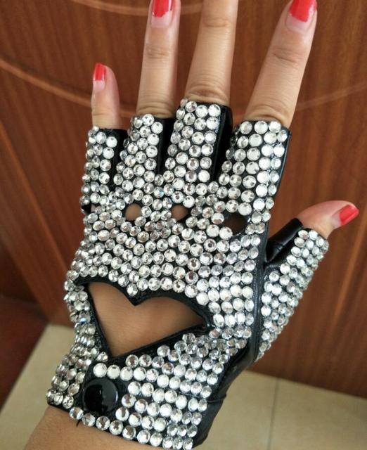 Women's Semifinger Faux PU Leather Fingerless Heart Cut Out Rhinestone Gloves Lady's Hiphop Dance Gloves