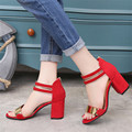 8 cm de Alta Gladiador Sandalias Verano Mujer 2017 Peep Toe de Alta Cuadrados talón Sandalias Mujer Rojo Zapatos de Suela de Goma para Las Mujeres Caliente S205