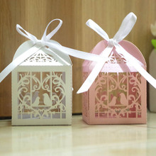 50pcs/lot DIY Small Hollow Couple Love Bird Wedding Candy Box With Ribbon Gift Box Party Favor Supplies White/Pink 5*5*5cm