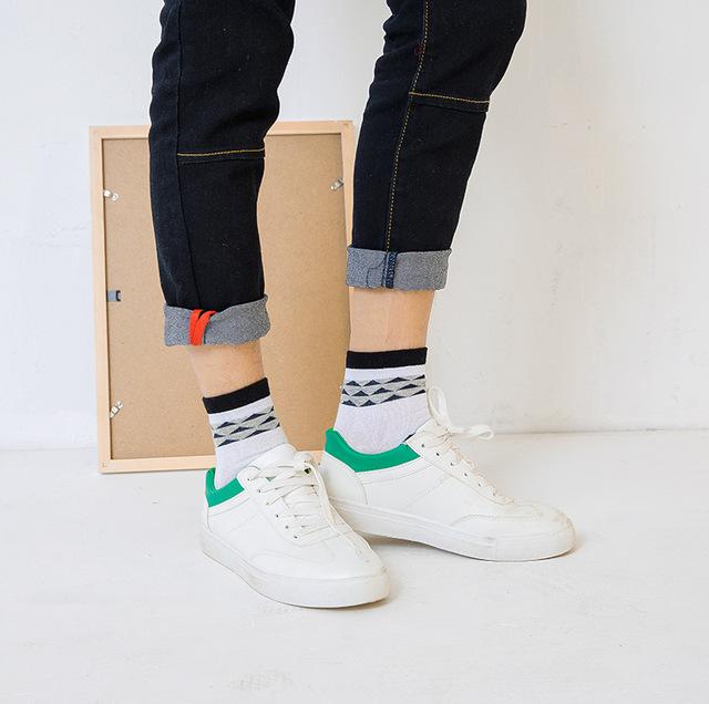 Harajuku Men Happy Socks Hip Hop Socks Comfortable Breathable Print Color Stripes Warm Socks Men Long Short Sox