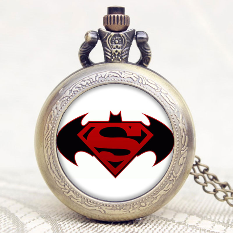 Antique Batman VS Superman Design Bronze Pocket Watch High Quality Fob Watch With Chain Necklace Men Women Christmas Gits bronze quartz pocket watch old antique superman design high quality with necklace chain for gift item free shipping
