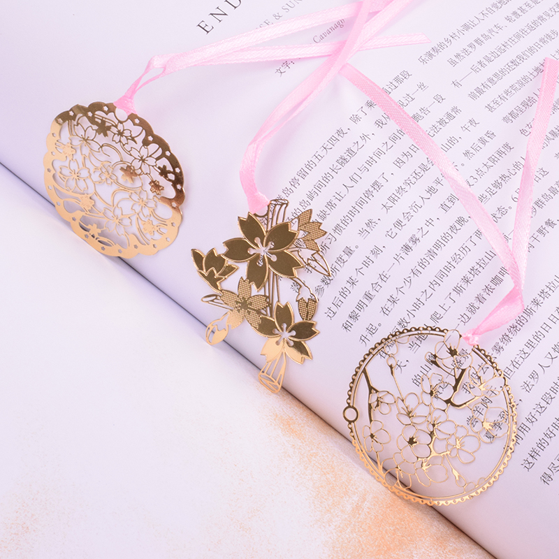 1 Pcs Hollow Sakura Metal Bookmark Planner Paper Clip Material Escolar Bookmarks For Book Stationery School Supplies Papelaria