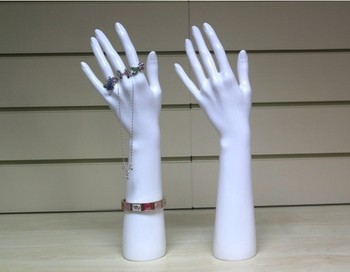 Irrompible PE realista blanco maniquí mujer maniquí mano para anillo/pulsera/exhibición de la joyería