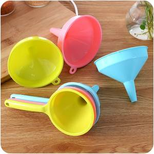 PREUP Collapsible Silicone for Water Bottle Hopper Kitchen