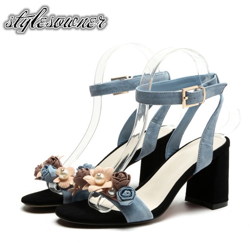 Stylesowner 2018 New Coming Hollow out Sweet Women Sandals Kid Suede Thick Heels Open Toe Blue and Nude Color Fashion Sandals fashionable women s sandals with platform and hollow out design