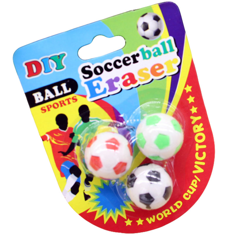 3pcs/pack Creative Trend Mini DIY 3D Assembled Soccer Ball Pencil Eraser For Kids Fashion Souvenir Stationery Eraser