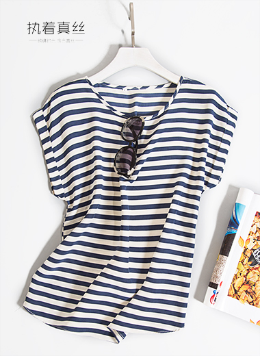 High-end custom 100% mulberry silk blue and white horizontal stripes even shoulder sleeve round neck T-shirt
