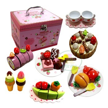 kids girls Hobbies Pretend Play Kitchen Toy Fine wood simulation chocolate strawberry cake group box Cake division colorful entrepreneurial finance