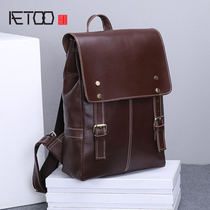 AETOO New leather shoulder bag Europe and the United States men first layer of leather retro backpack casual computer bag europe and the united states simple geometric pattern hand bag head layer of leather in the long wallet multi card large capacit