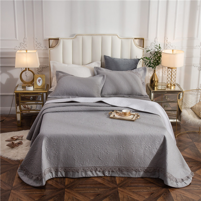 Gray White Pink 100% Cotton Luxury Lace Quilted Bedspread Bed Cover Bed Sheet Bed Linen Blanket Summer Quilt Pillowcases 3pcsGray White Pink 100% Cotton Luxury Lace Quilted Bedspread Bed Cover Bed Sheet Bed Linen Blanket Summer Quilt Pillowcases 3pcs