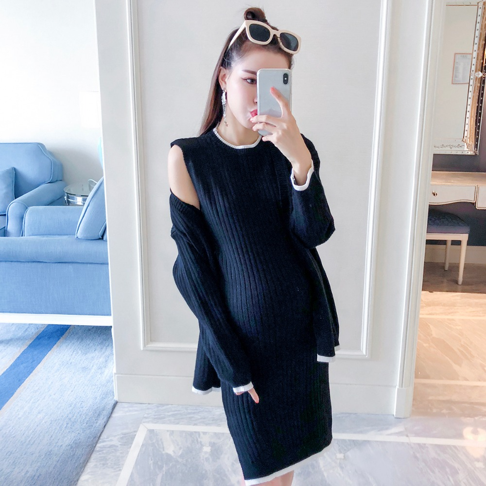 цена на Autumn women 2018 new pregnant women suit fashion models knitted two-piece tide mom out loose maternity dress