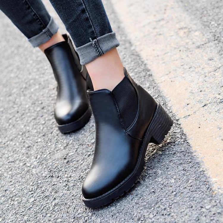 Sonbahar Kış ayakkabı Kadın Çizmeler Vintage Yuvarlak Ayak Kalın Topuk Sıcak yarım çizmeler Kadınlar Için deri ayakkabı ST313