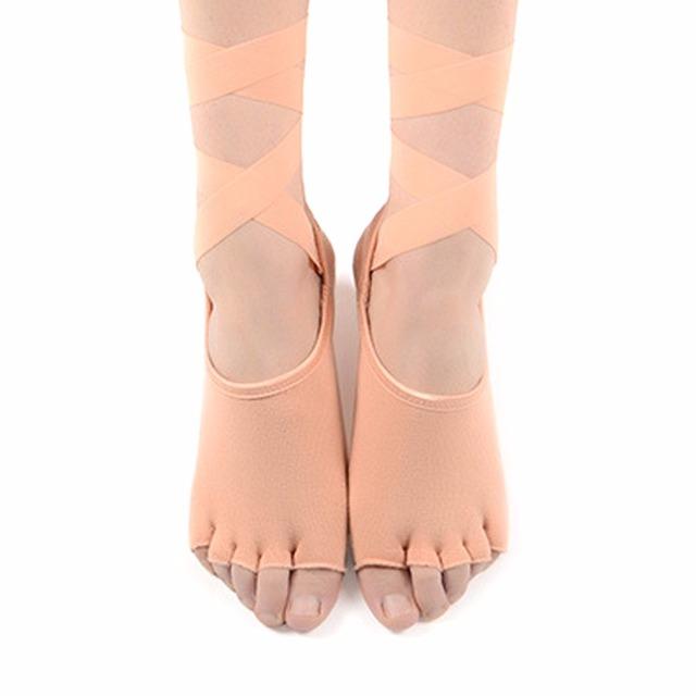 Calcetines de yoga de media punta para mujer con correa