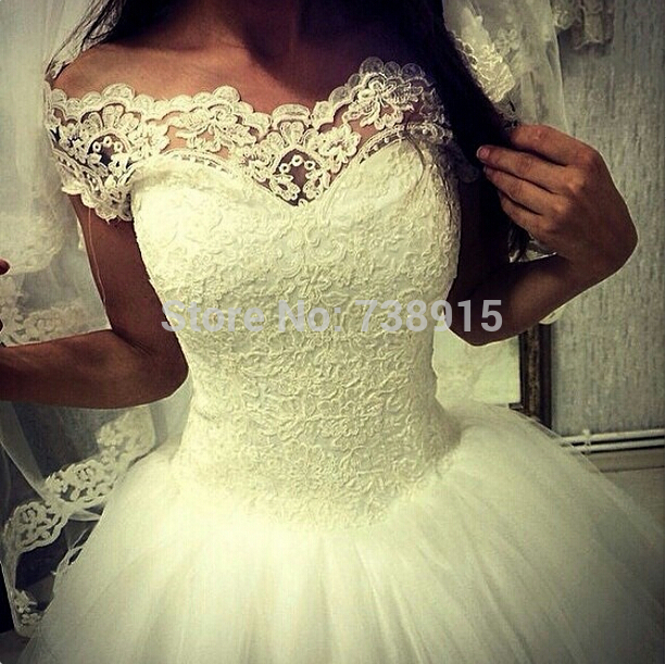 Princess cut lace dress