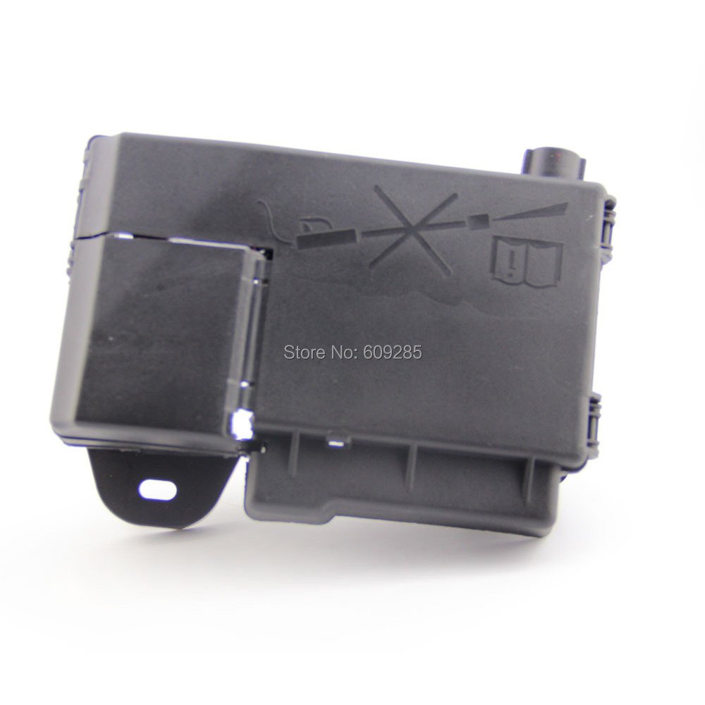 oem fuse box battery terminal fit for chevrolet cruze in oem fuse box battery terminal fit for chevrolet cruze 96889385 in fuses from automobiles motorcycles on com alibaba group