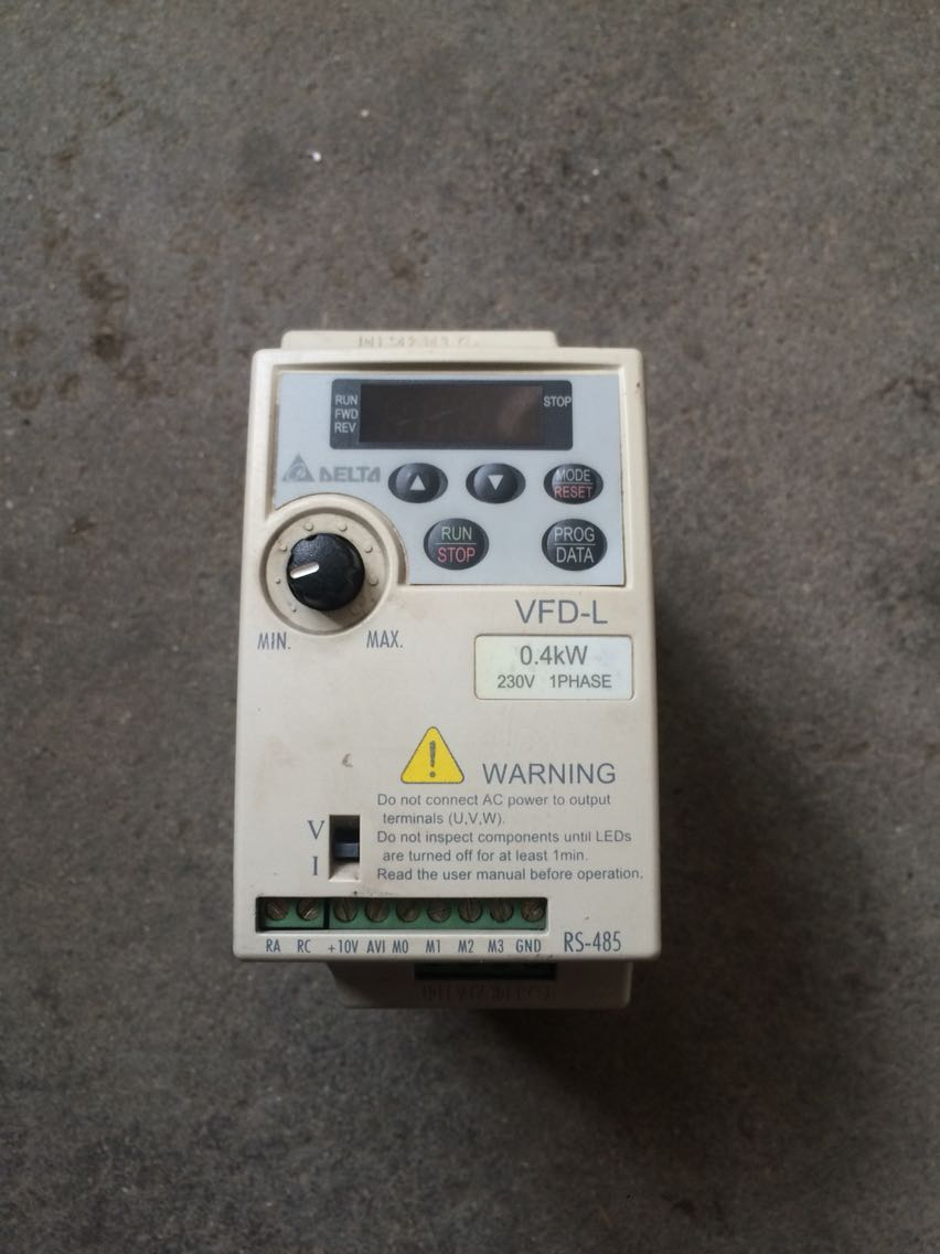 цена на inverter VFD-L  VFD004L21A 220V 0.4KW second hand  1ph input 3ph output 1-400hz  used high quality warranty :1 year