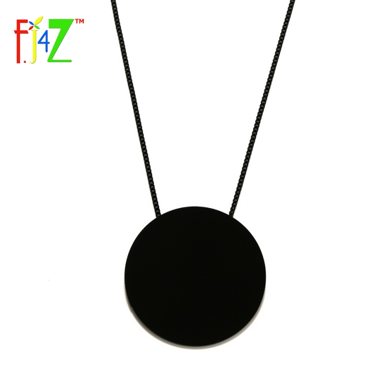 F.J4Z 2017 Designer Necklace Fashion Trendy Big Black White Acrylic Circle Long False Collar Pendant Necklaces for women Bijoux