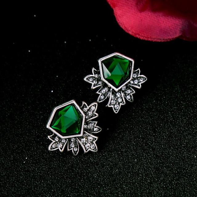 Elegant Fashion Crystal Stud Earrings