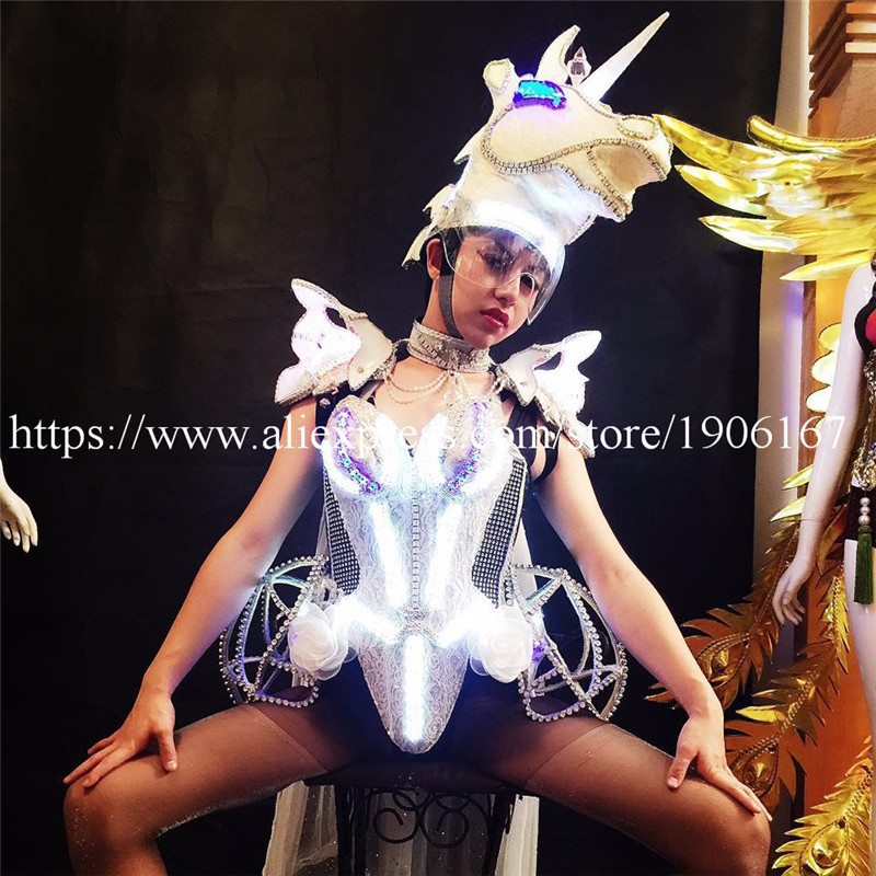 Newest Led Luminous Unicorn Horse Catwalk Clothing Carnival Victoria Ballroom Costume Stage Performance Dance DJ Party Clothes