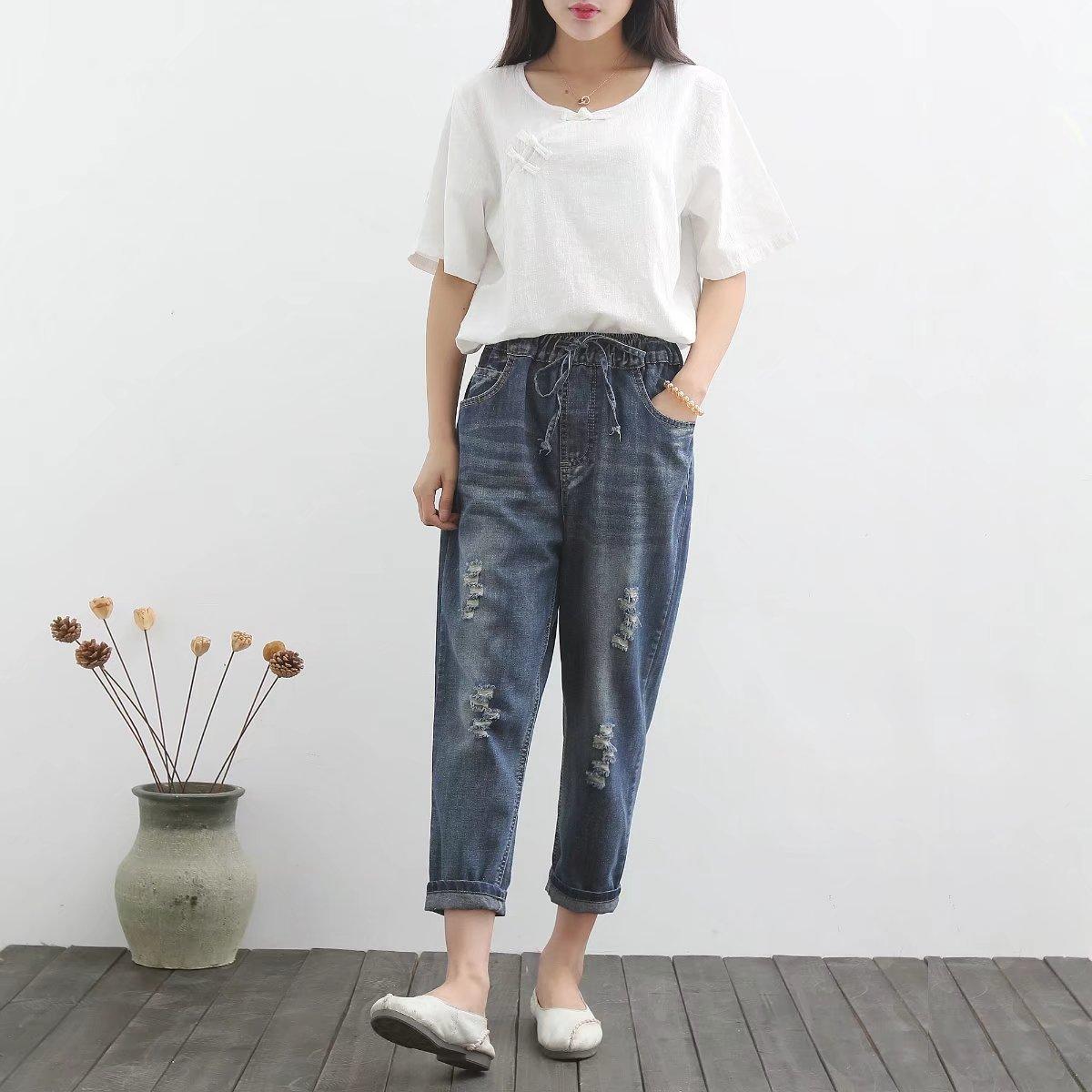 Women Summer Loose Large size Jeans 2017 Female Retro New Slim-type High Quality Denim Trousers Elastic Waist Holes Denim Pants