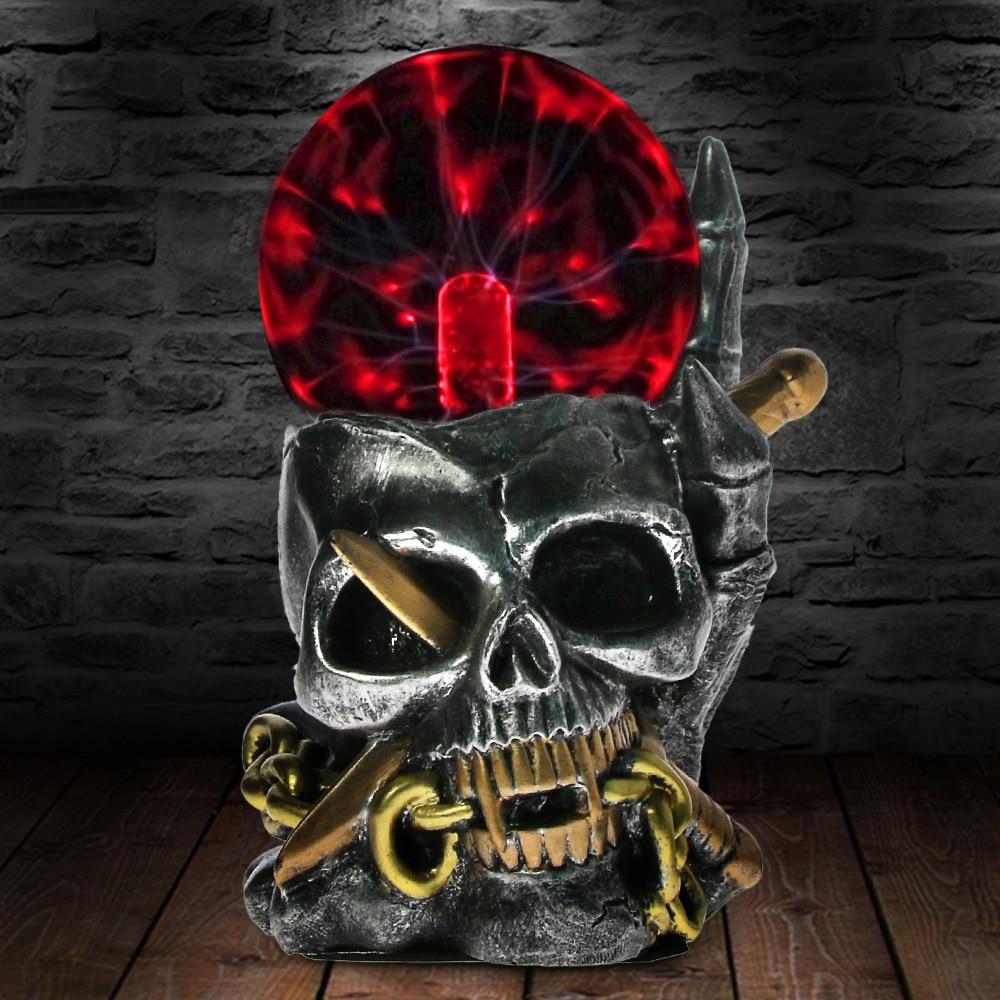 1 pezzo Vichingo Del Cranio Con Il Pugnale Attraverso Horror Statua Figurine Elettrico Thunder Sensibile Al Tocco Palla Al Plasma Testa di Scheletro