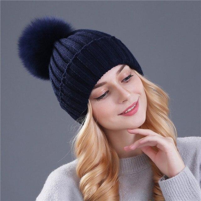 1xthree  bienes de piel de zorro pom poms bola Mantenga sombrero caliente  del invierno para muchacha de las mujeres del sombrero de lana de punto  gorros ... a0fae6a3221