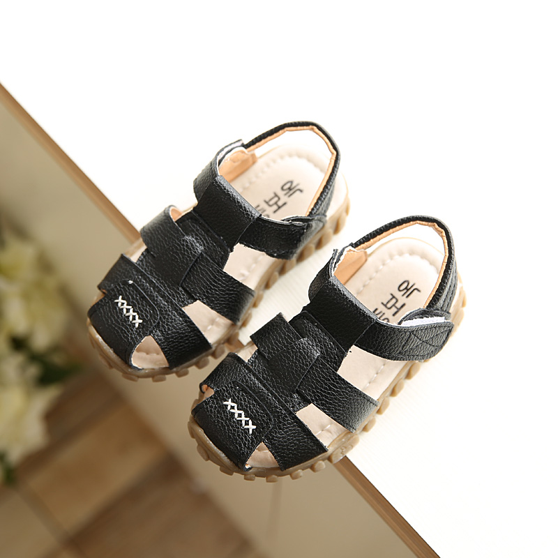 Boys Sandals 2017 New Arrival Summer Leather Pure Color Fashion Girls Sandals Shoes Child Beach Causal Sandals Size 21-30