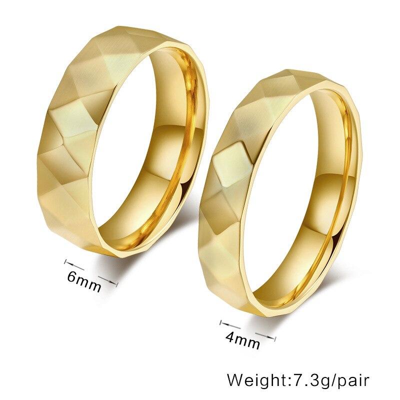 Gold ringe paar