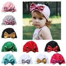 Для новорожденных, для маленьких мальчиков и девочек узлом, с блестками, шапка с жемчужинками, Теплая Шапка-бини с бантом головной убор шляпа Dece 25th