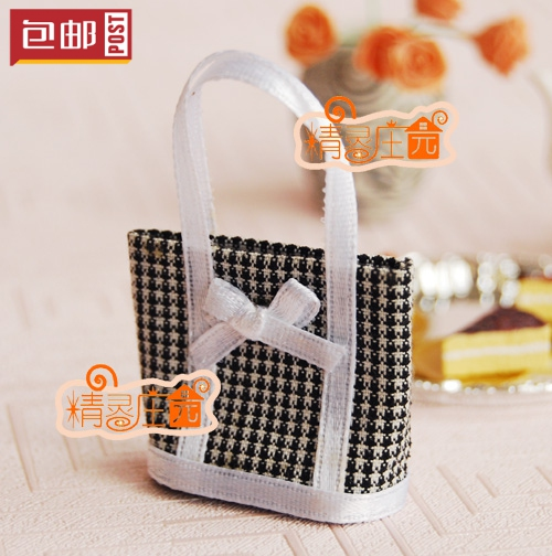 Mini dollhouse Mini furniture accessories of the black and white birds Chukou bow cute bag