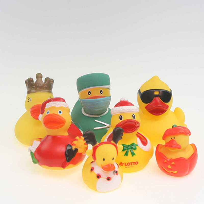 7pcs New children float duck toys christmas duck/crow duck and doctor duck baby s favourite cognitive floating toy