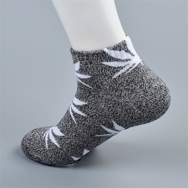 YUFREE Men Socks Famous Weed Socks for Men Women Spring Summer Autumn Cotton Casual Short Fashion Weed Socks Men male065