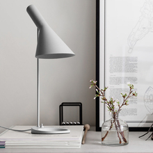 Post-modern Led Table Lamp Metal Iron Desk Light Fashion Bedroom Bedside Work Study Office Decoration AJ Lamp Luminaria Table цены