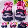 Nuevo Cordón de la Llegada Diseño de Gancho y Lazo 3 Colores Hermosos Interiores Zapatos Calcetín Del Bebé Recién Nacido 0-12 Meses