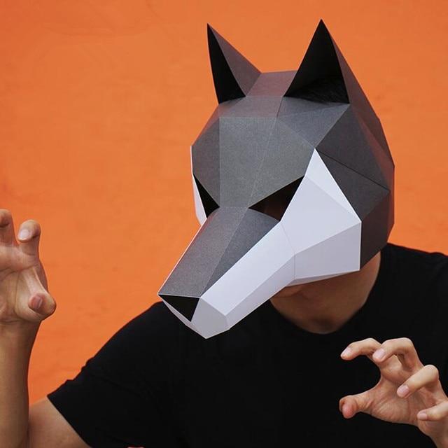 Оригинальная маска ручной работы Волк