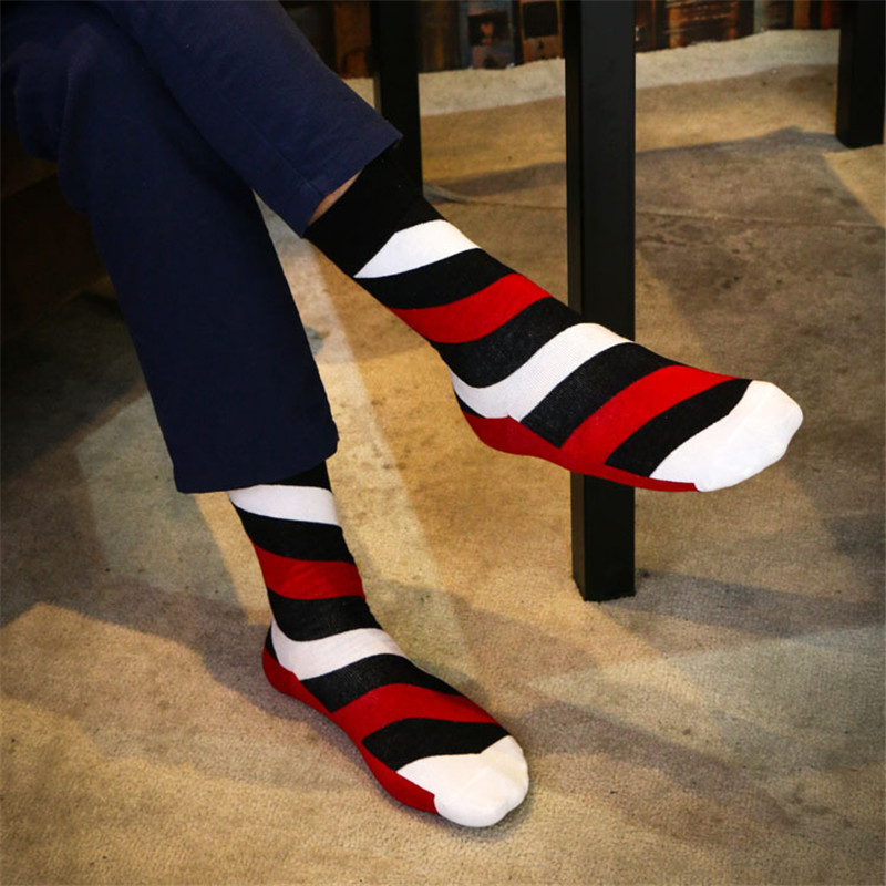 New arrival Fashion Men Cotton Socks Colorful Stripe Style Happy Socks For Young Men High Quality Cotton Sox Meias 4 Colors