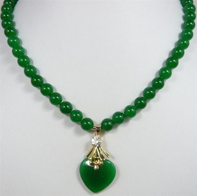 2 styles! beautiful 7-8mm green jade beads with green heart jade pendant necklace for anniverary and party2 styles! beautiful 7-8mm green jade beads with green heart jade pendant necklace for anniverary and party