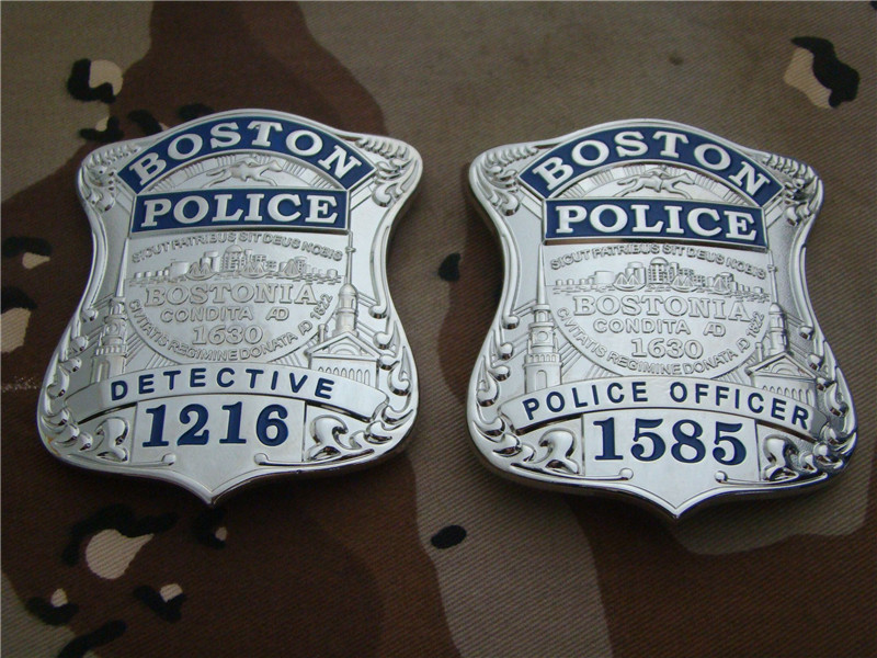 United States Boston Detective Police Officer Cosplay Badges Copper Police Shirt Lapel Badge Brooch Pin Cosplay Collection Gifts