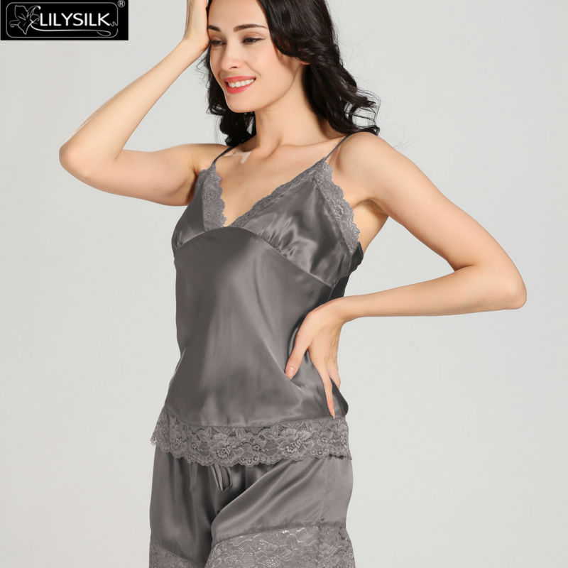 1000-dark-gray-22-momme-lace-silk-camisole--dressing-gown-set-01