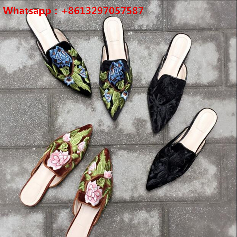 Zobairou Bohemia Style Women Slippers Pointed Toe Flats Gladiator Sandals Embroider Florals Runway Native Outdoor Shoes Woman pointed toe flats women 2017 summer shoes gladiator flats cross tied sandals lace up low heel to wear woman close toe