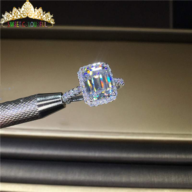 100%  18K 750Au Gold  Moissanite  Diamond Ring  D Color VVS  With National Certificate Moiss-01