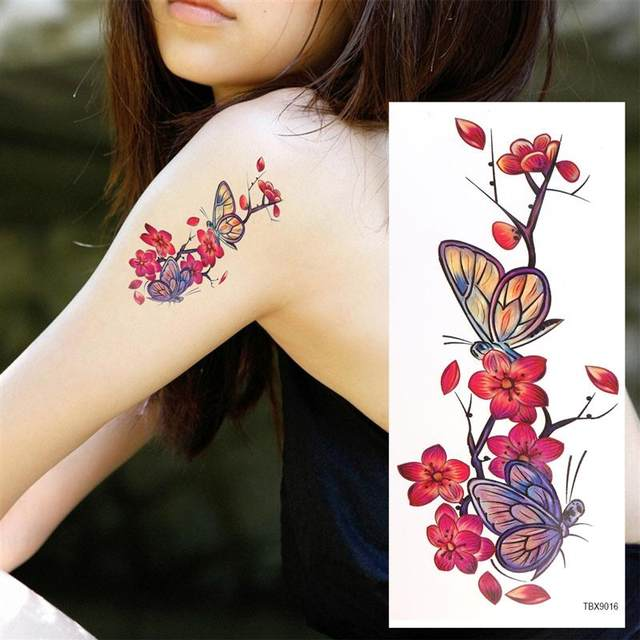 tatouage feuillage lart du tatouage botanique with tatouage feuillage elegant banque dimages. Black Bedroom Furniture Sets. Home Design Ideas