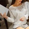 Encaje de la mujer Camisas Tops 2017 Bordado Con Cuentas Floral Cuello Long Hollow Out Crochet Blusa Casual Blusas Blancas Femininas