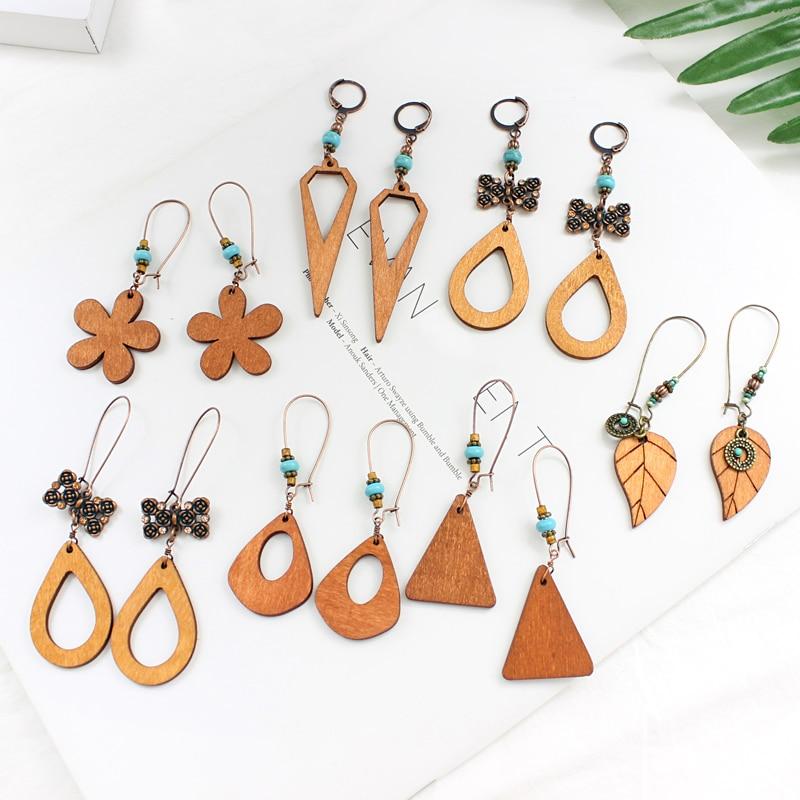 Triangle teardrop five-leaf flower leaf wood shape fashion simple earrings suitable for temperament elegant female jewelry gift