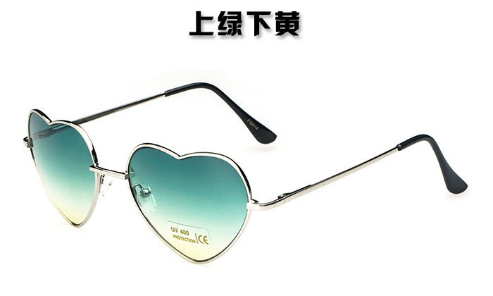 10PCS/LOT Cute Sweet Lovely Heart Shaped Sunglasses Women Vintage Shades Glasses Mirror Gradient Sun glasses