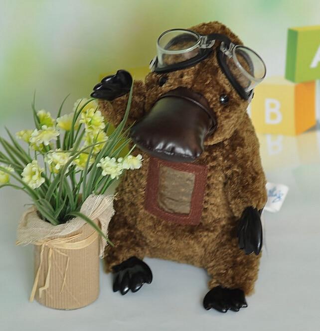 Real Life Plush Leksaker Platypus With Glasses Doll Barn Födelsedagspresent Fyllda Djur Present Toy Store