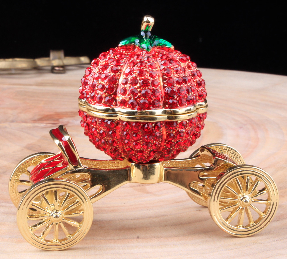 Christmas ornament display case - Girl S Carriage Jewelry Box Holiday Gift Business Gifts Collectible Home Decoration Crafts Antique Miniature Cars Birthday Gift