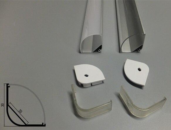 Vysoce výkonný profil JUMBO-CORNER. Pouzdro z hliníkového profilu s matným difuzorem Opal pro aplikace LED Strip Light. 1M (3,28 ft)