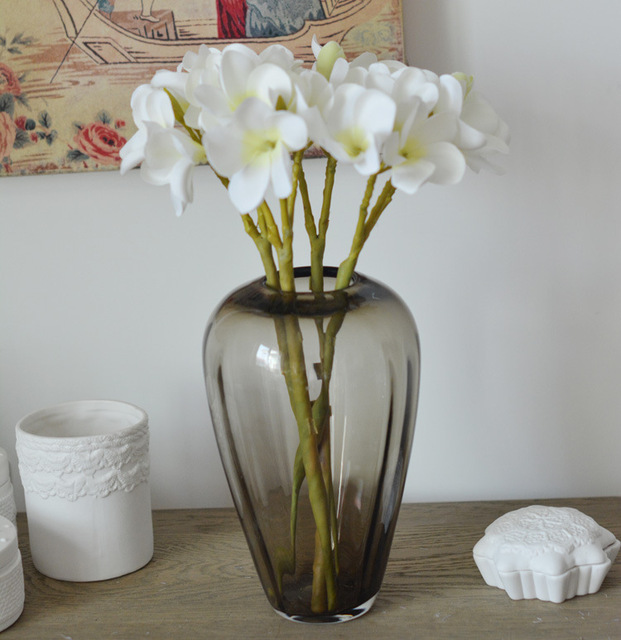 Southeast Asian Style Simulation Flower Frangipani With Glass Vases
