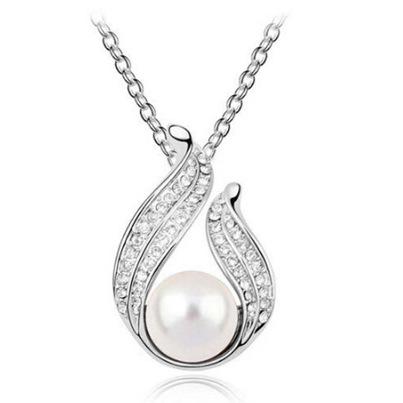 White angel Wings Crystal Pendant necklace with pearl O chain Necklaces for Women Ladies friends lover Birthday Gift B71 in Pendants from Jewelry Accessories